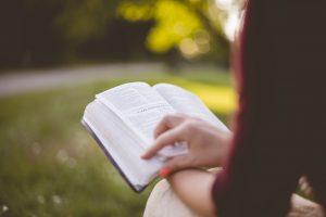¿Cómo estudiar mejor las Escrituras?
