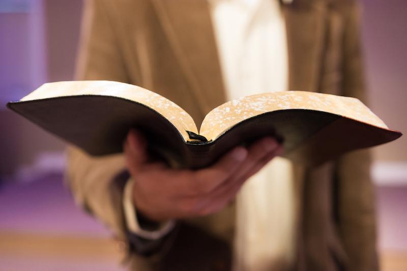 El predicador y la interpretación de las Escrituras